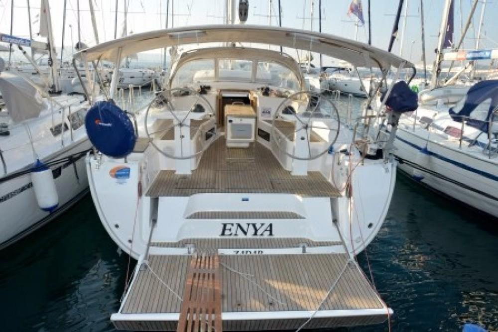 Rent a Bavaria Bavaria Cruiser 45 Grad Biograd na Moru