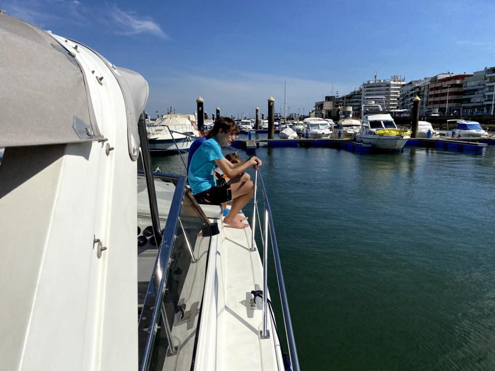 Motorboat for rent Punta Umbría at the best price