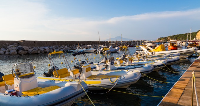 Hire RIB with or without skipper Lomac Sorrento