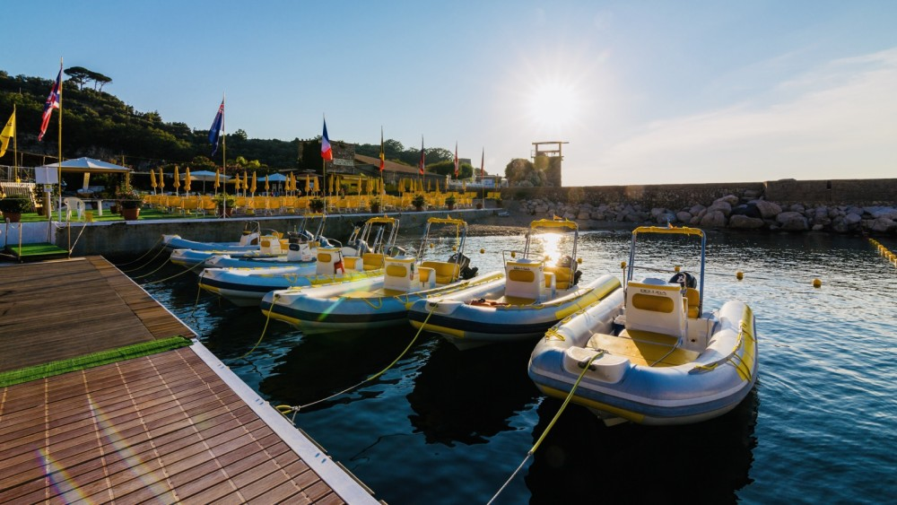Boat rental Sorrento cheap LOMAC