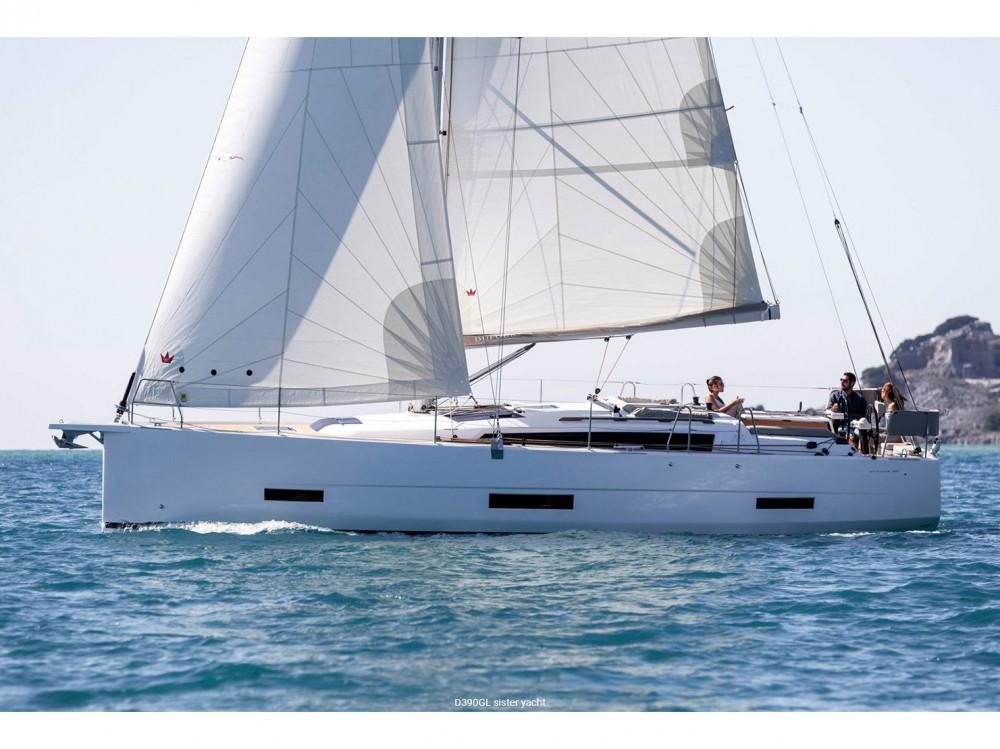 Rental Sailboat in Kontokali - Dufour Dufour 390 Grand Large