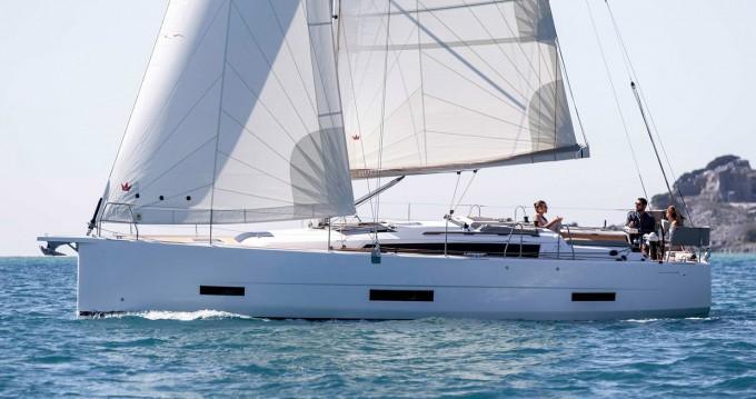 Rental yacht Lefkada (Island) - Dufour Dufour 390 Grand Large on SamBoat