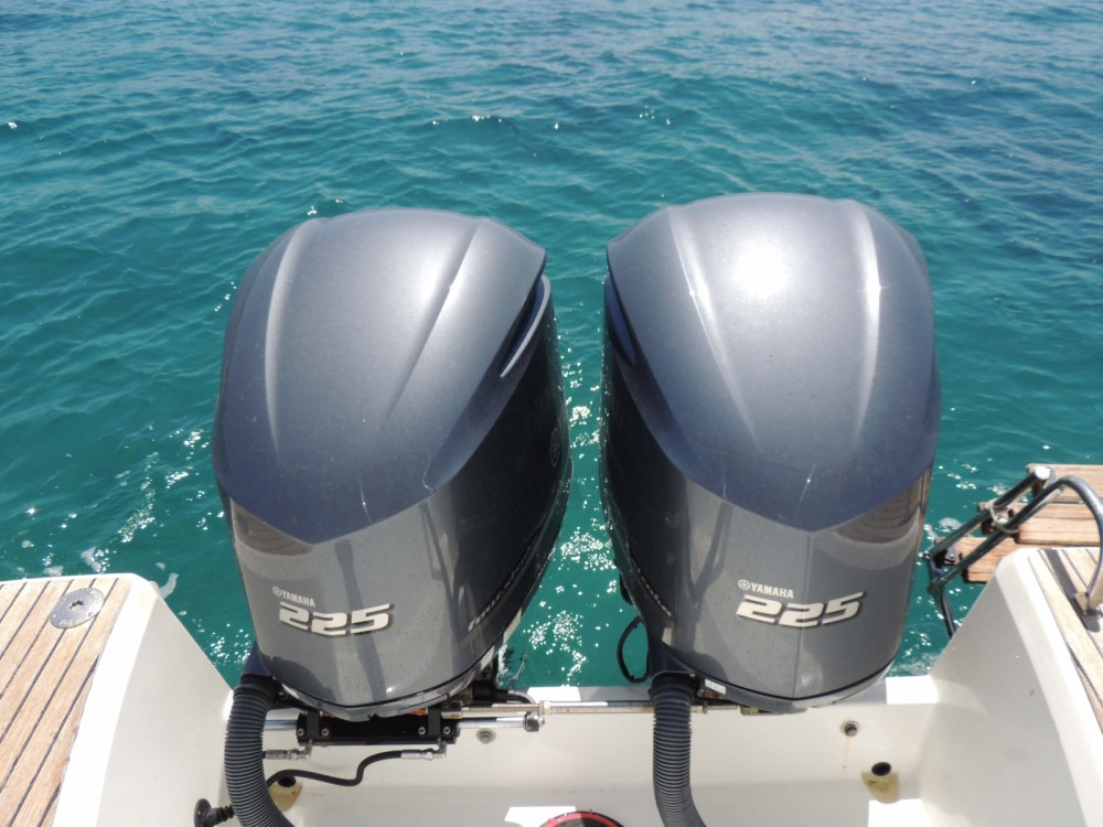 Rental Motorboat in Posthudorra/Porto Torres - Jeanneau Cap Camarat 8.5 WA