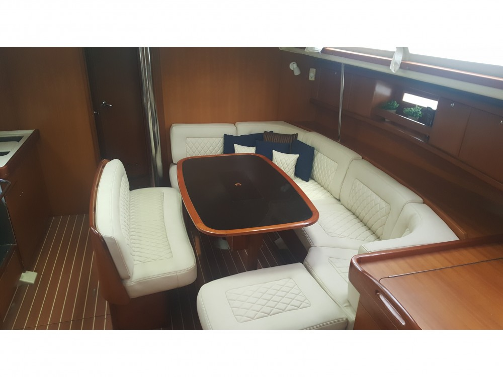 Rental yacht Álimos - Dufour Dufour 455 on SamBoat