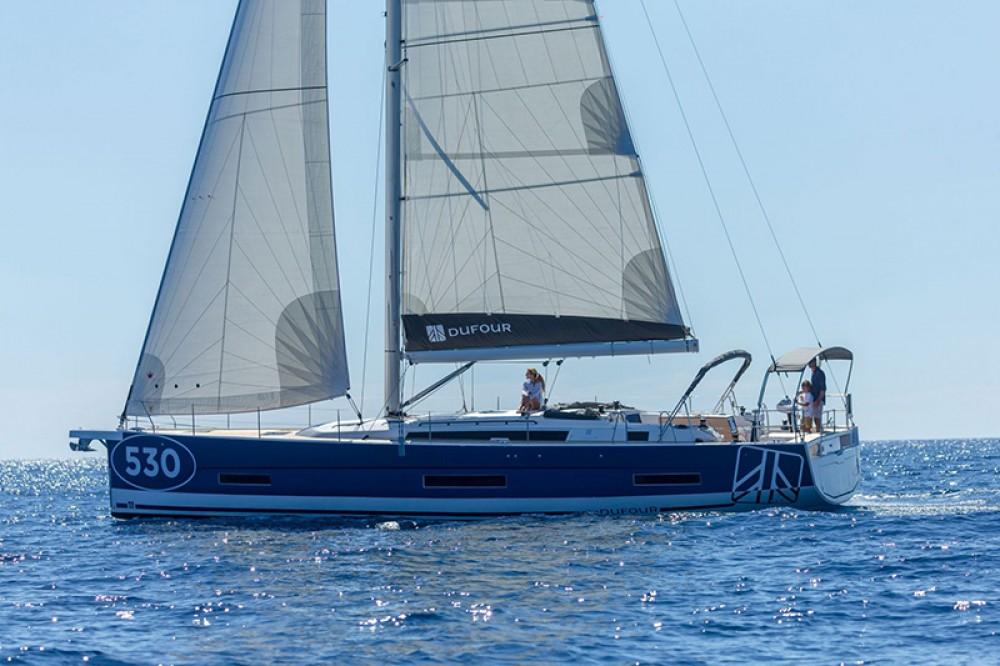 Rental yacht Tourlos - Dufour Dufour 530 on SamBoat