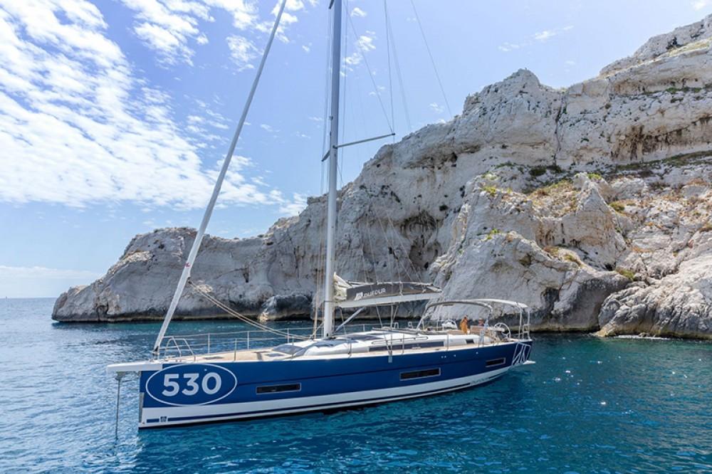 Boat rental Tourlos cheap Dufour 530