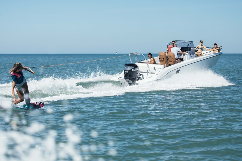 Rental Motorboat in Algarve - Bénéteau Flyer 8 SPACEdeck