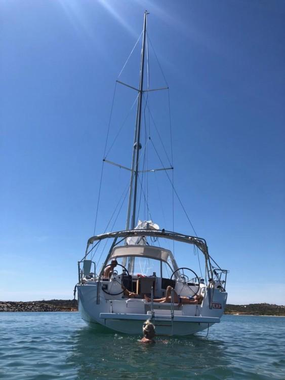 Rent a Bénéteau Oceanis 45 Algarve