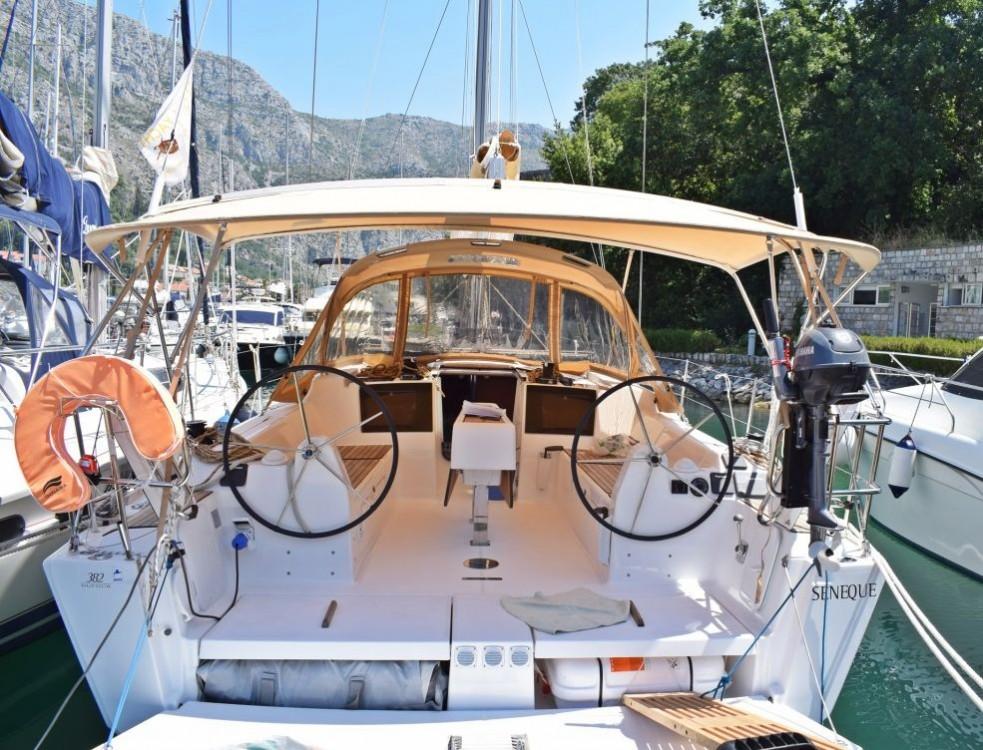 Rental Sailboat in Trogir - Dufour Dufour 382 Grand Large