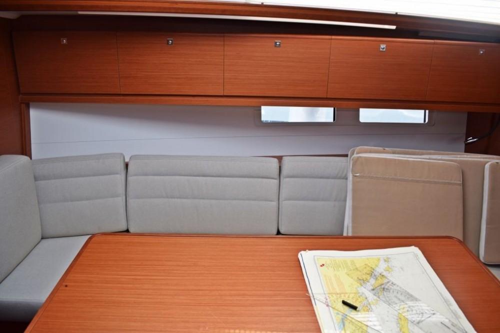 Boat rental Dufour Dufour 382 Grand Large in Trogir on Samboat