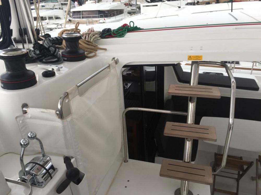 Rental yacht Furnari - Lagoon Lagoon 42 on SamBoat