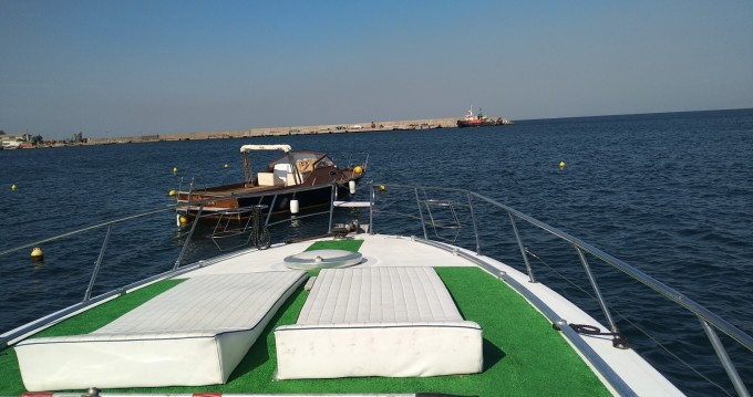 Robalo CAIMAN 23 between personal and professional Torre del Greco