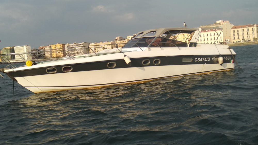 Hire Motorboat with or without skipper Robalo Torre del Greco