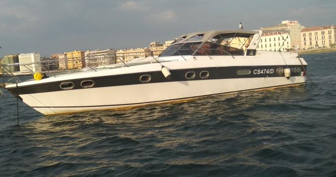 Boat rental Robalo CAIMAN 23 in Torre del Greco on Samboat