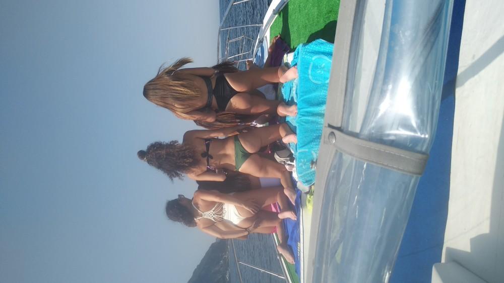 Boat rental Atlantic Laver 30 in Sorrento on Samboat