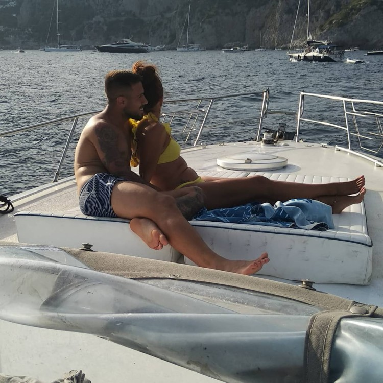Motorboat for rent Anacapri at the best price