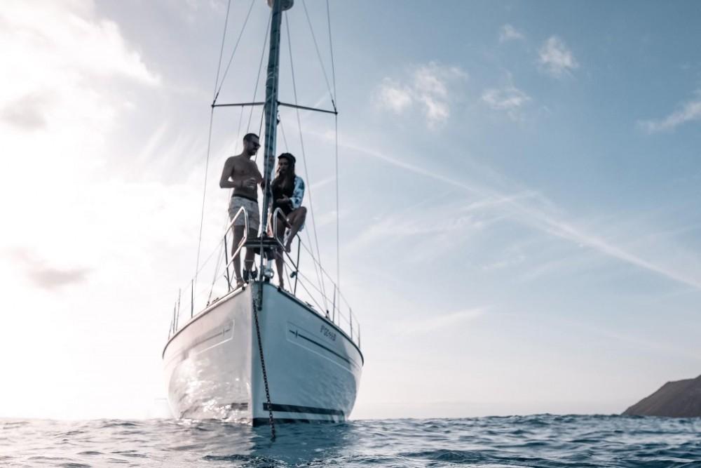 Boat rental Yaiza cheap Bavaria 44 AC DEEP KEEL