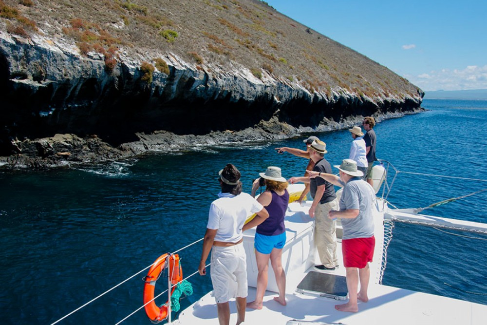 Rental yacht Galápagos - Allumarine 21 on SamBoat