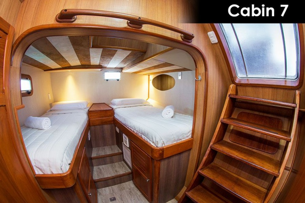 Hire Catamaran with or without skipper Nemo Galápagos