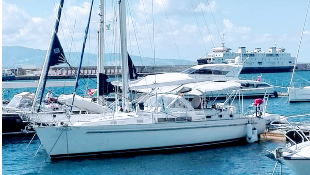 Hire Sailboat with or without skipper Bénéteau Marina di Pisa