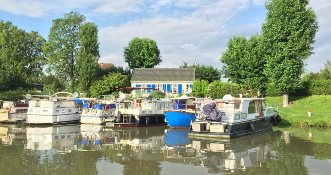 Hire Motorboat with or without skipper Kitoune Compiègne