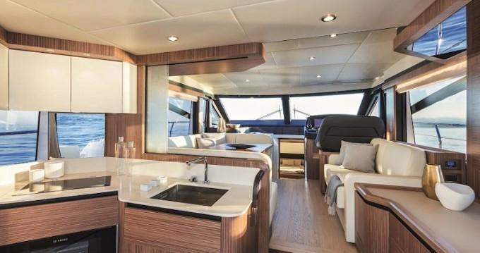 Rental Motorboat in Seget Donji - Absolute Absolute 50 Fly