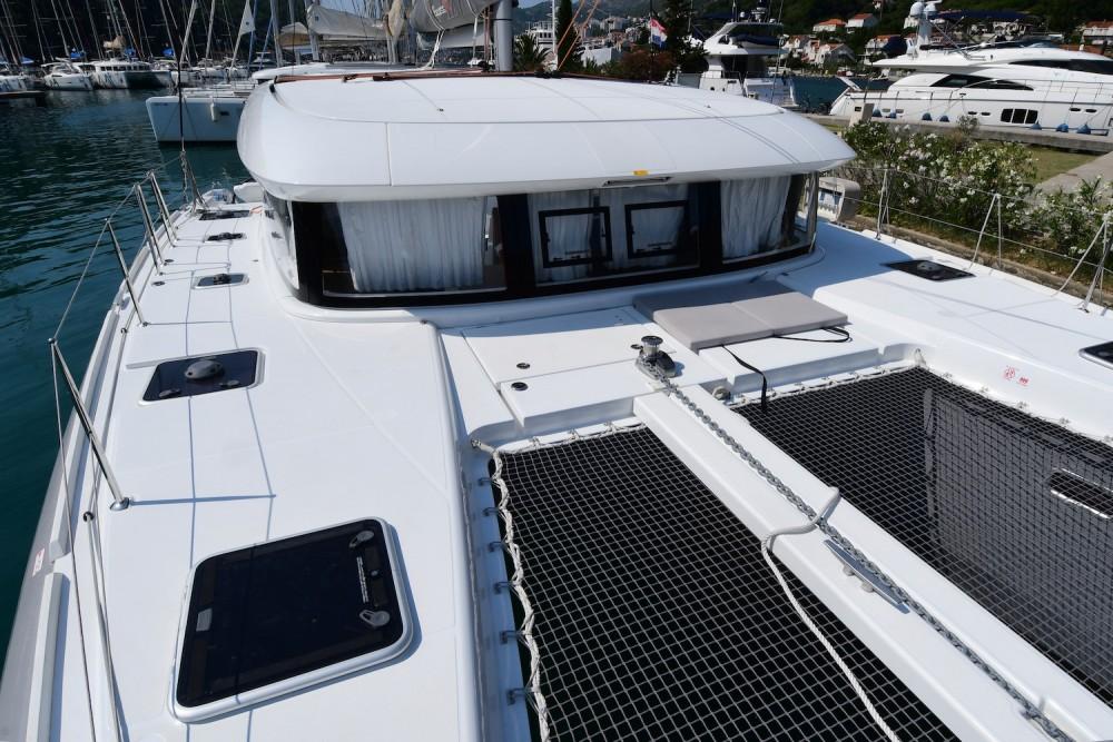 Boat rental Komolac cheap Excess 12