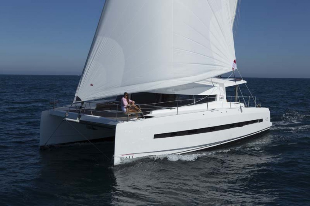 Hire Catamaran with or without skipper Catana La Spezia