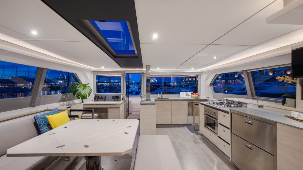 Rental Catamaran in Procida - Robertson-Caine Leopard 50 PC