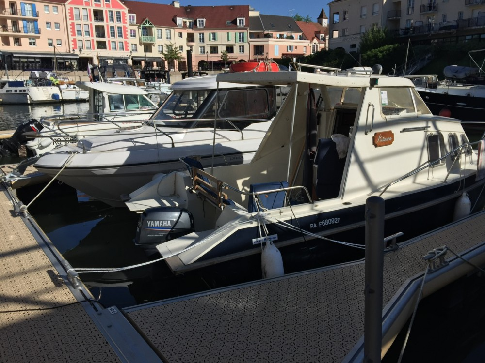 Motorboat for rent Compiègne at the best price
