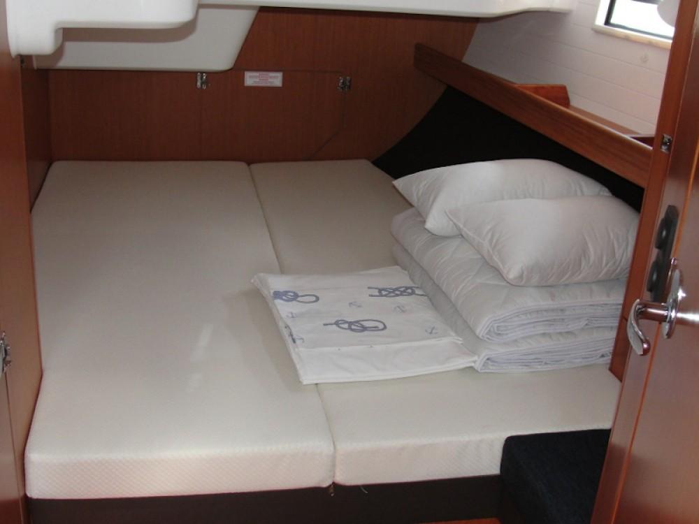 Rental Sailboat in Pirovac - Bavaria Bavaria Cruiser 51