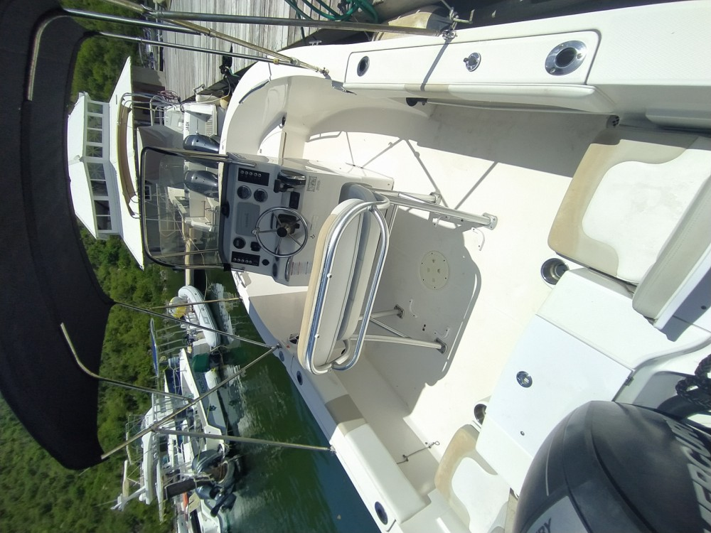 Robalo 180 between personal and professional Saint Martin (France)