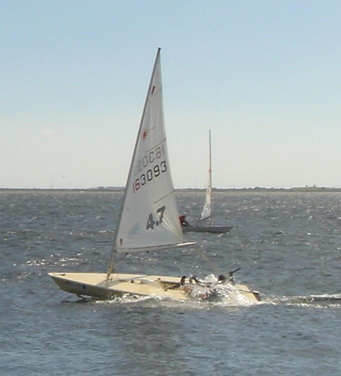 Rental Sailboat in Narbonne - Laser Standard ou 4.7
