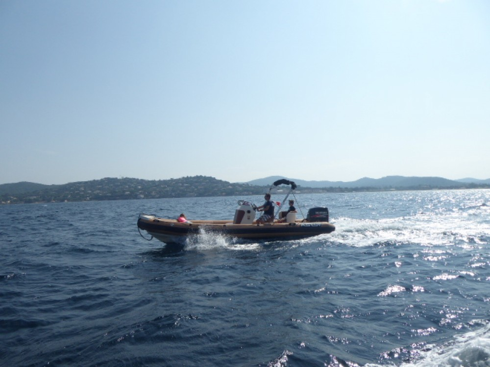 Hire RIB with or without skipper Asis Grimaud