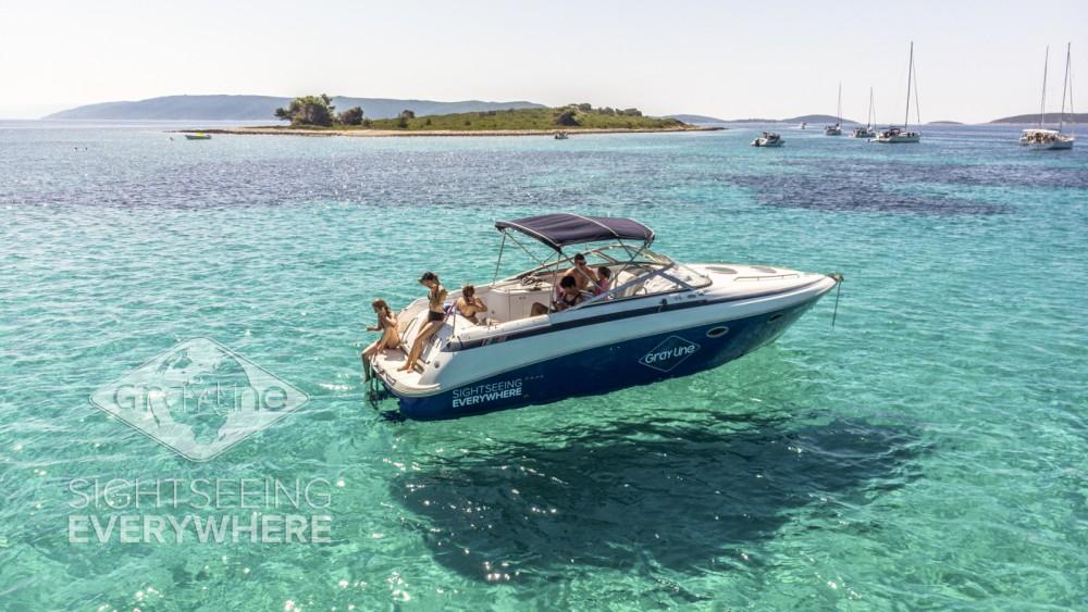 Boat rental Cobalt 293 in Split on Samboat
