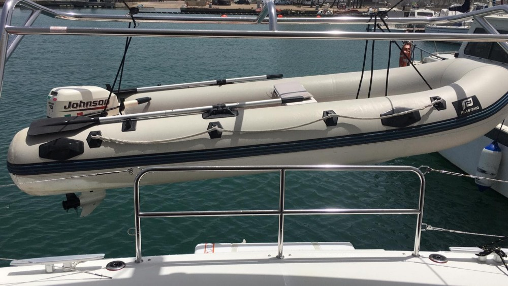 Rental yacht Capo d'Orlando - Lagoon Lagoon 42 on SamBoat