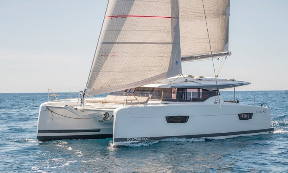Boat rental Fountaine Pajot Astrea 42 in Grad Pula on Samboat