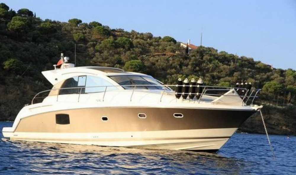 Prestige Prestige 42 between personal and professional Saint-Tropez
