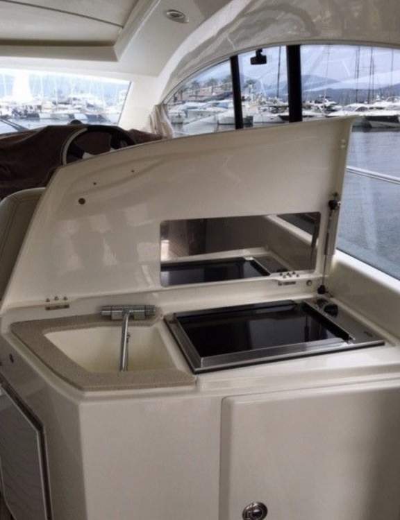 Rental Motorboat in Saint-Tropez - Prestige Prestige 42