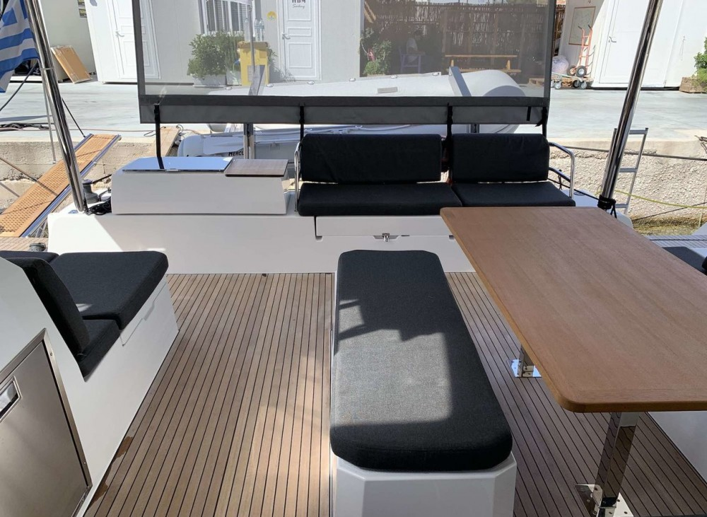 Boat rental Fountaine Pajot Fountaine Pajot Elba 45 - 4 + 2 cab. in Peloponnese on Samboat