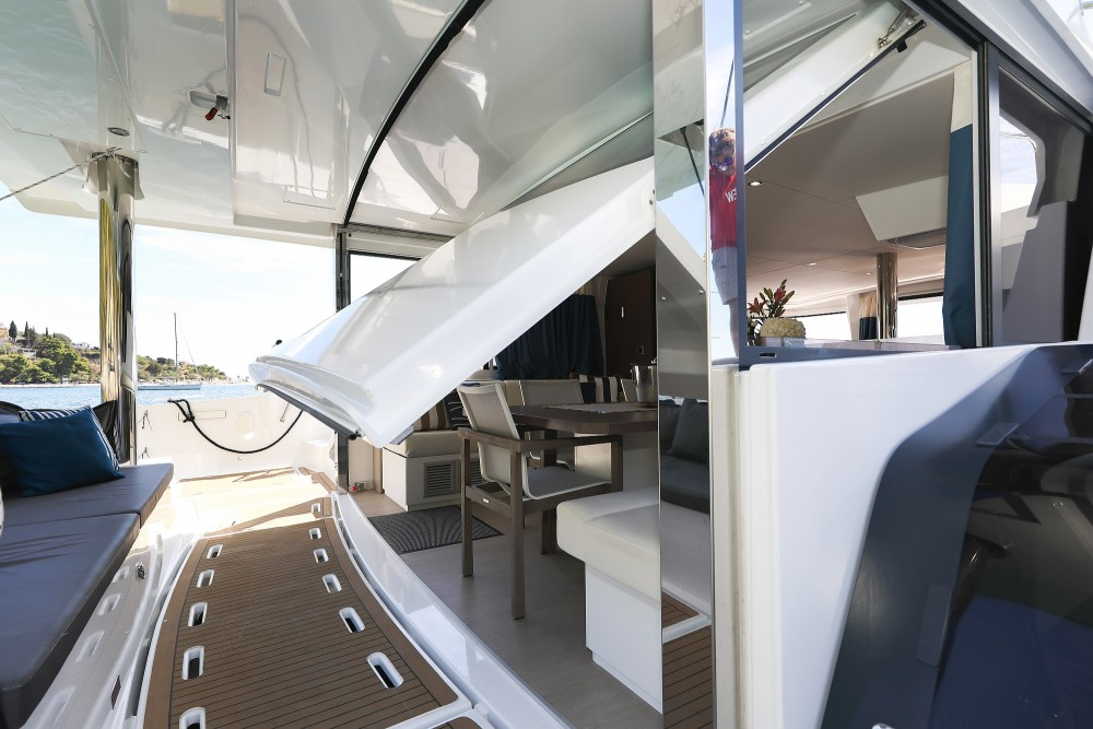 Hire Catamaran with or without skipper Catana Croatie