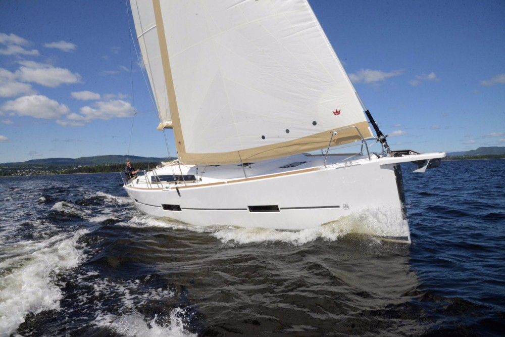 Hire Sailboat with or without skipper Dufour Ajaccio