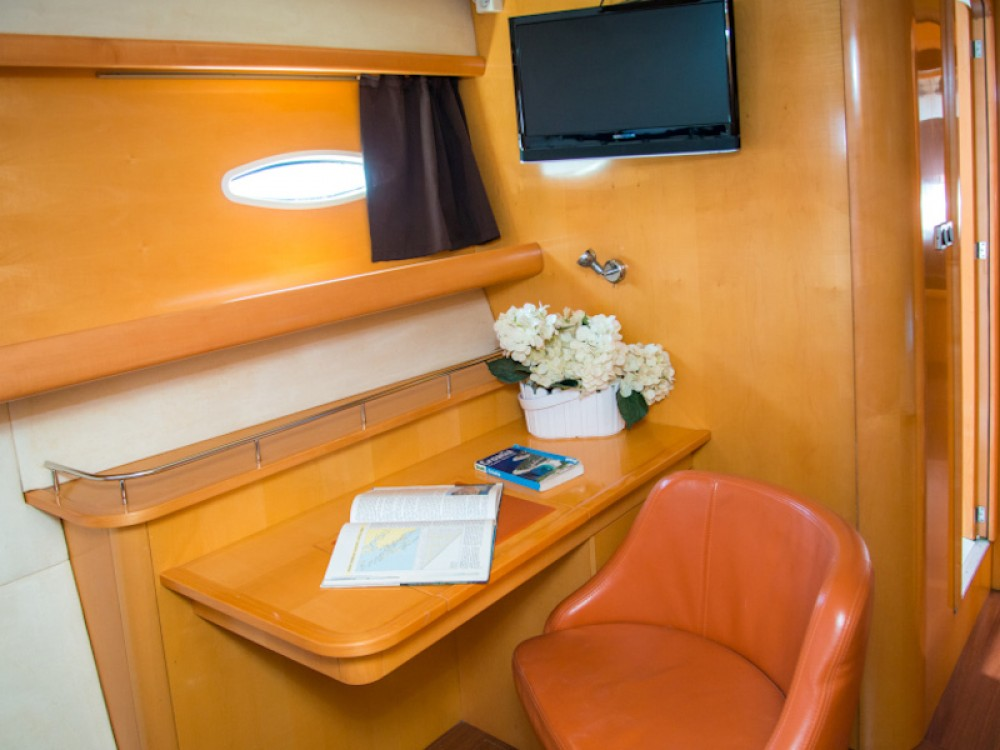 Rental Catamaran in  - Fountaine Pajot Eleuthera 60
