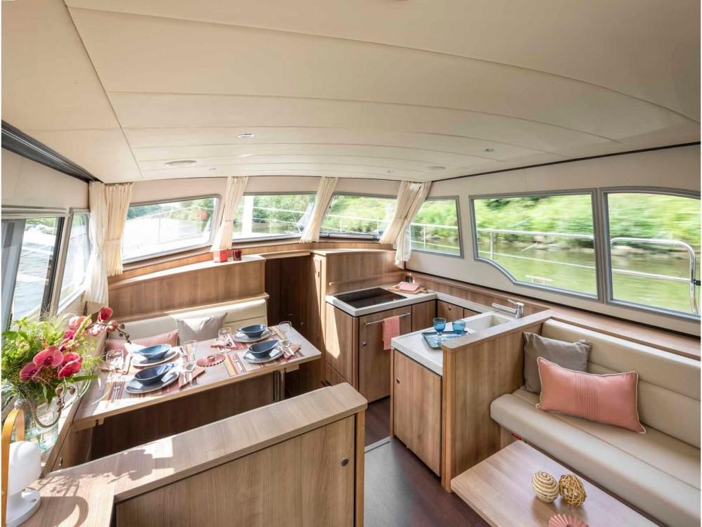 Boat rental Kinrooi cheap Linssen Grand Sturdy 40.0 AC