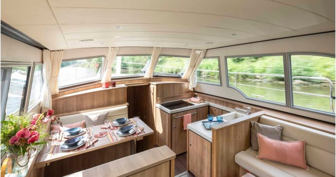 Rental Motorboat in Kinrooi - Linssen Linssen Grand Sturdy 40.0 AC