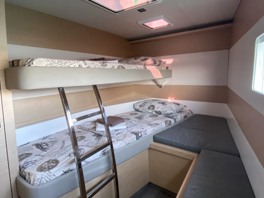 Fountaine Pajot MY40 between personal and professional