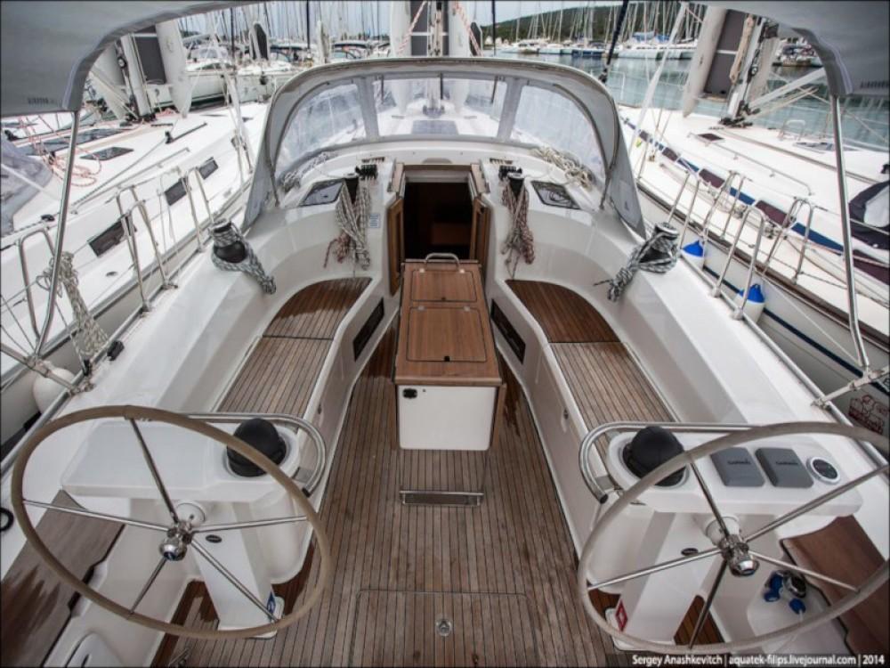 Rental yacht Sukošan - Bavaria Bavaria Cruiser 45 on SamBoat