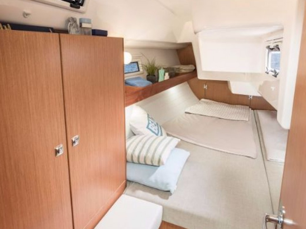 Bavaria Bavaria Cruiser 34 between personal and professional Pirovac