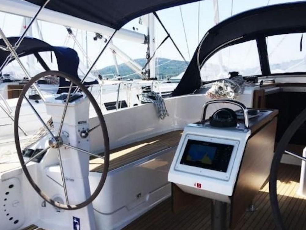Boat rental Bavaria Bavaria Cruiser 46 in Pirovac on Samboat