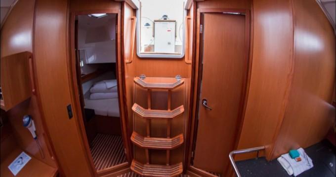 Rent a Bavaria Cruiser 45 Sukošan